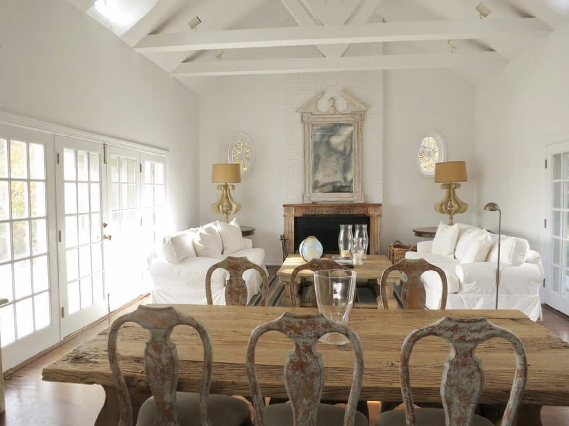 Great ideas on how to achieve a country living room home for Shabby chic living room ideas on a budget